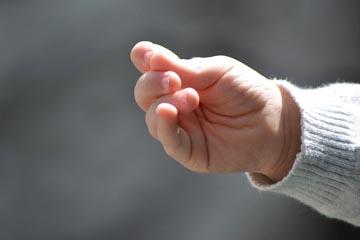 hand3a